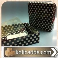 Şeffaf Kapaklı Siyah Puanlı Kutu 9x9x3 cm