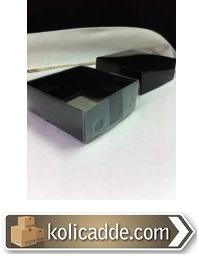 Siyah Karton Kutu