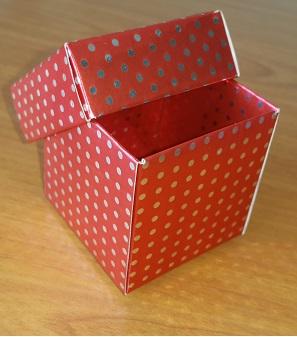Hediyelik Karton Kutu 5x5x5 cm. Gümüş Puantiyeli