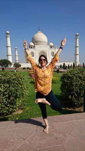Yeşim Güralp ile Hindistan - Nepal Katmandu - Yoga Festivali Yeşim Gür
