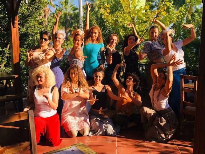 Yoga Dans Temel Programı Kirtana Yasemin