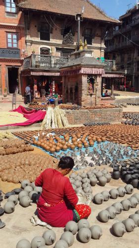 Kuzey Hindistan'da Dört Önemli Spiritüel Merkez: Rishikesh, Sarnath, Varanasi, Khajuraho ve Nepal Gezisi