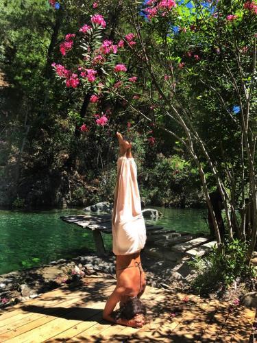 Kaz Dağlarında Konforlu Bir Yoga & Farkındalık Yolculuğu Demir Atilla