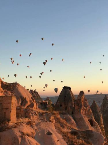 Kapadokya'da İlkbaharda Yoga