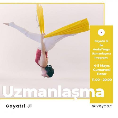 Gayatri Ji ile Aerial Yoga Uzmanlaşma Programı
