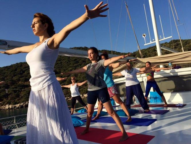 Mavi Yolculukta Yoga Kampı Faruk Kurtuluş