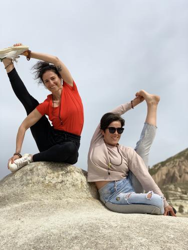 İrem ve Nazan ile Yaz Yoga Kampı