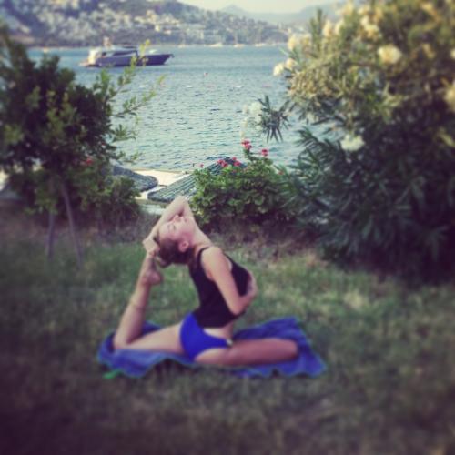Özhan Kafalı ile Belgrad Ormanlarında Yoga Fotoğraf Etkinliği Nadiye G