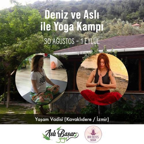 Deniz ve Aslı İle Yoga Kampı