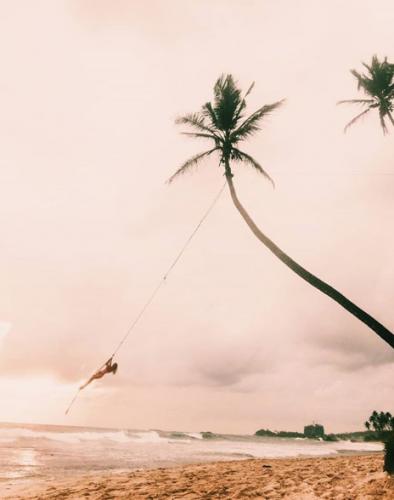 Berna ile Şubat'ta, Sri Lanka'da güneşi selamlıyoruz. Sen de gel...