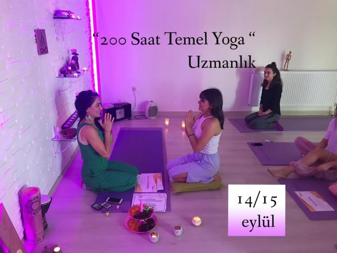 200 saat Yoga Uzmanlık Programı