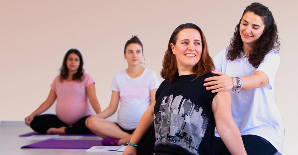 Candaş Erdiş ve Şebnem Yıldırım ile Prenatal & Postnatal Yoga Uzmanlaşma Programı