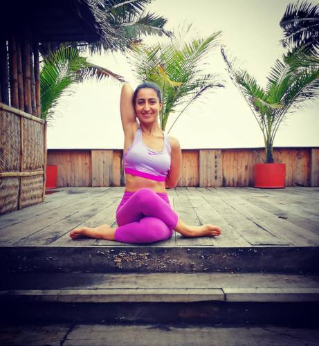 """Meriç İbar ile """"Öze Yolculuk"""" Yoga Kampı Meriç İbar"""