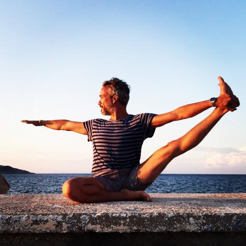 Faruk Kurtuluş'la 200 Saat Yoga Uzmanlaşma Programı Faruk Kurtuluş