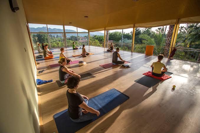 Rüzgar Güliz ile 4 Günlük Nefes & Yoga İnzivası Rüzgar Güliz