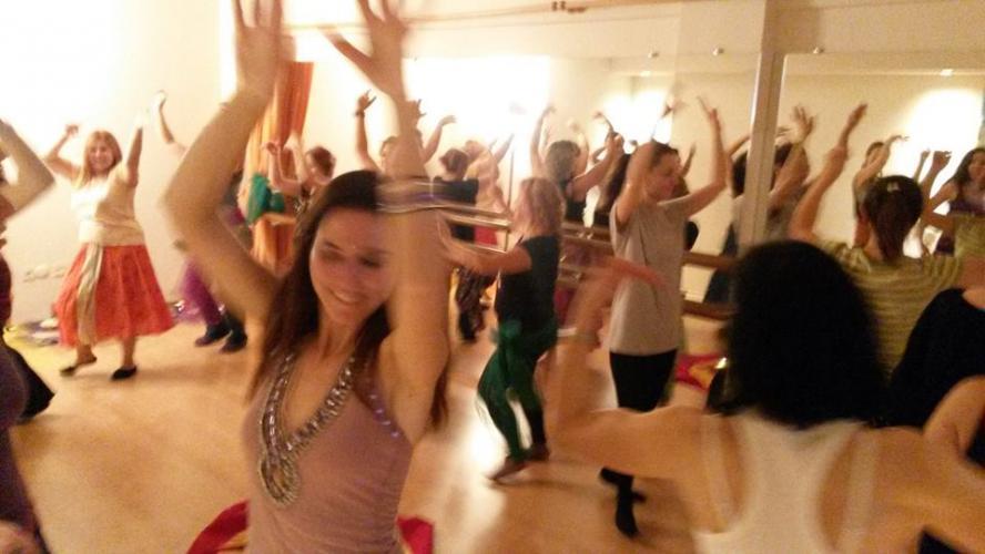 Kadınlarla Mistik Dans