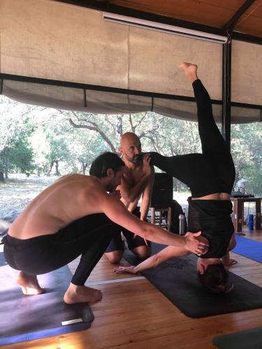 Müge, Marcel ve Kabir ile Yoga ve Meditasyon Kampı