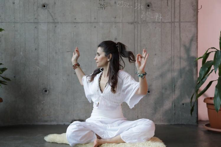 Semin Yılmaz ile Kundalini Yoga