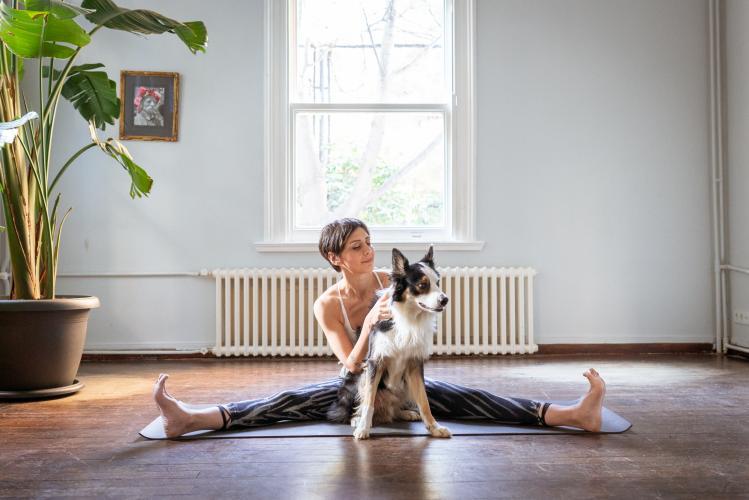 Sinem Er İle 200 Saat Temel Yoga Uzmanlık Programı Sinem Er