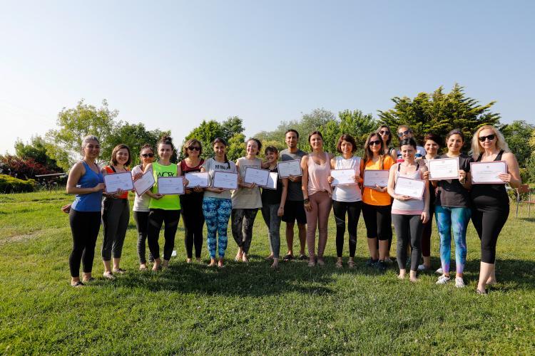 200 Saat Temel Seviye Yoga Alliance Onaylı Uzmanlık Eğitimi Tuğba Ekle