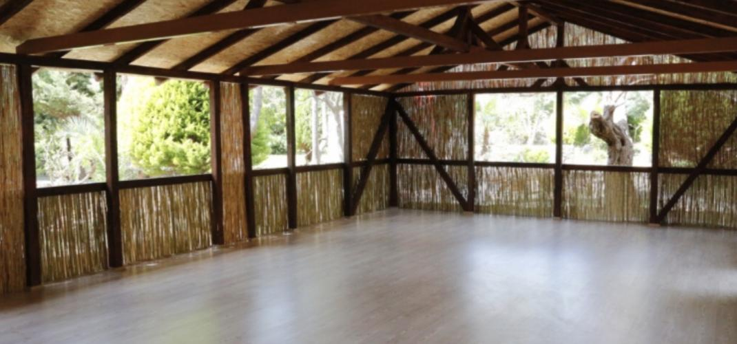 Datça' da Duygu Erözbek ve Dilek Karen ile Yoga ve Sanat Kampı Dilek K