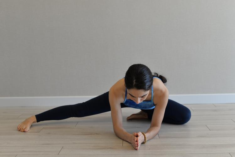 Medina Duman İle Online 120 Saat Yin Yoga Uzmanlaşma Programı Medina D