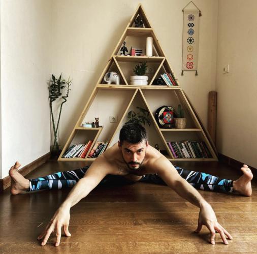 Can Bora İle 50 Saatlik Yin Yoga Uzmanlık Programı Can Bora