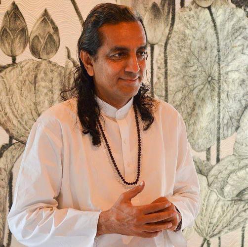 Dr. Omanand Baweja (Guruji) ile Bireysel Yoga Terapi Seansları