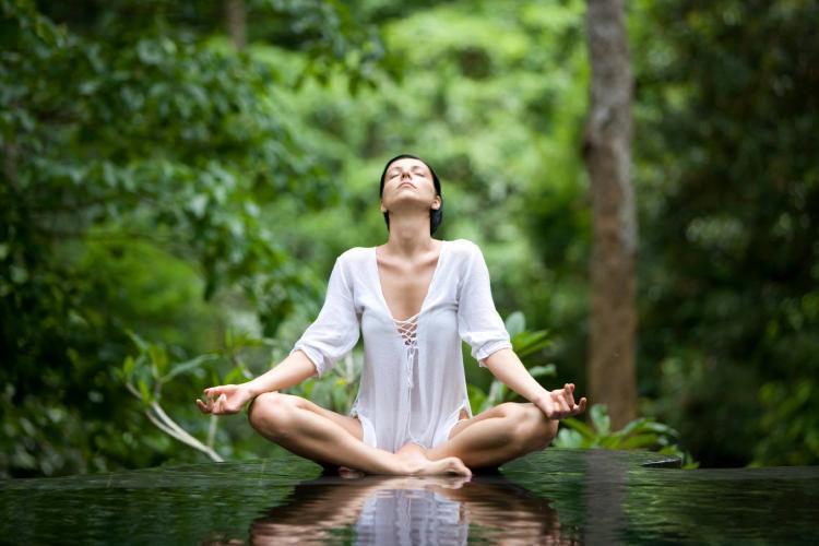 Neval Erçetingöz ile Altın Güneş Bir'lik Meditasyonu - Ücretsiz
